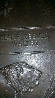 Ww1 death plaque penny Pte Leslie Beevers Walker 2284 in good condition